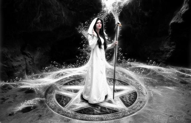 ¿Qué es una bruja?